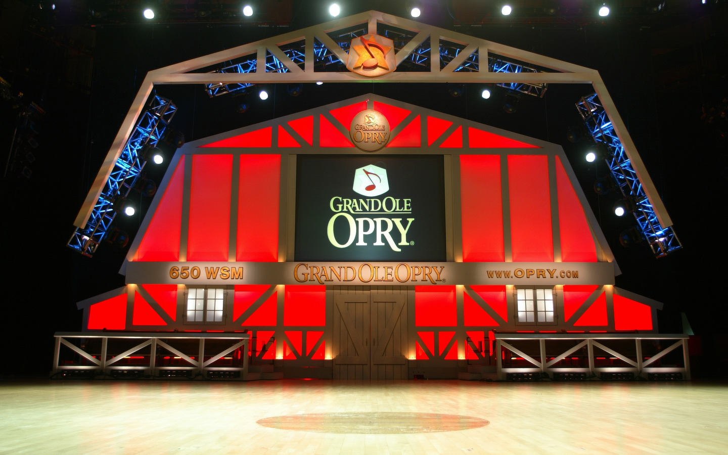 Performance and Autographs at the Grand Ole Opry